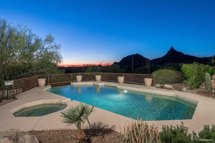 10663 E CANDLEWOOD Drive, Scottsdale, AZ 85255