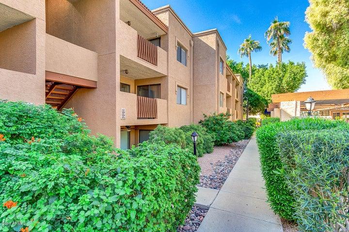 3031 N CIVIC CENTER Plaza, 110, Scottsdale, AZ 85251