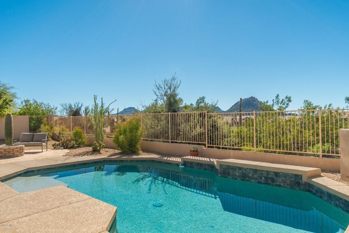 11109 E MARK Lane, Scottsdale, AZ 85262
