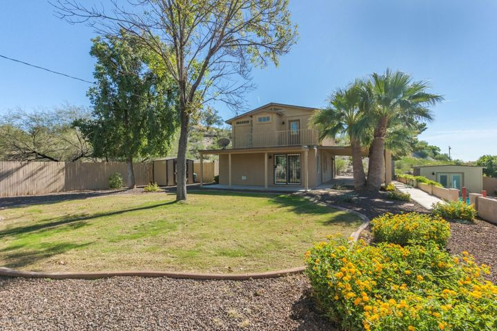 1522 E LUPINE Avenue, Phoenix, AZ 85020