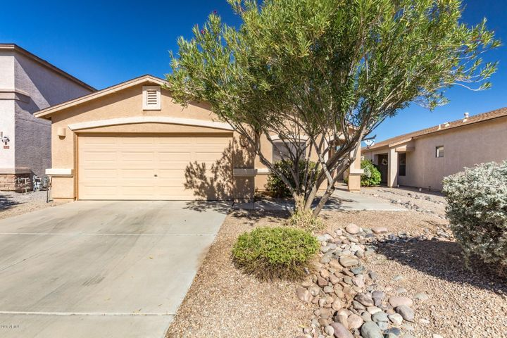 1706 E SILKTASSEL Trail, San Tan Valley, AZ 85143