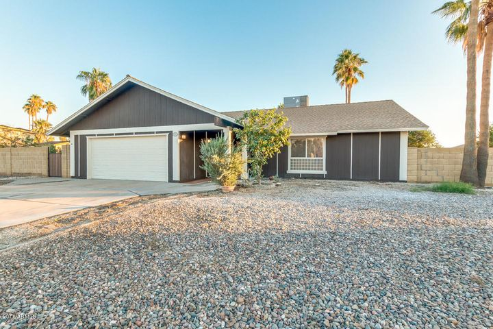 4201 W ACOMA Drive, Phoenix, AZ 85053