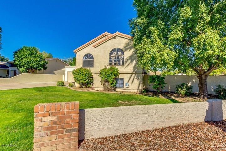 606 W CABALLERO Circle, Mesa, AZ 85201