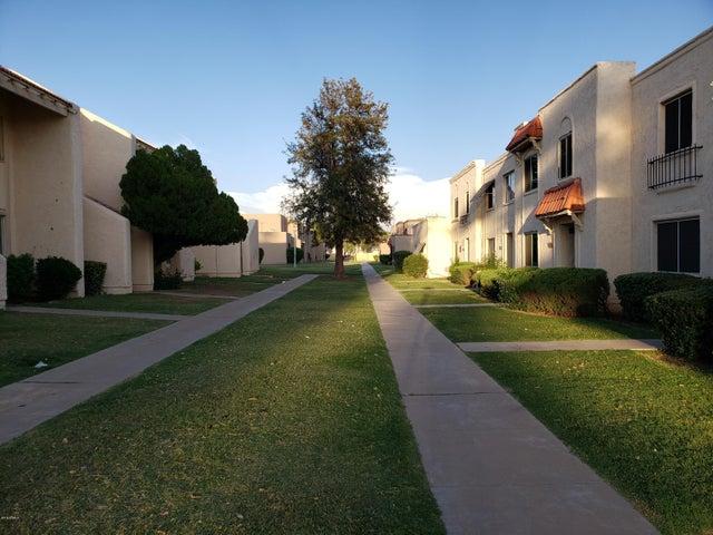 4326 W SOLANO Drive S, Glendale, AZ 85301
