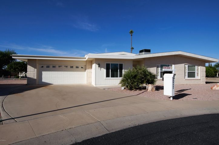 Welcome Home to 17809 N MOnte Vista Ct, Sun City Az 85373
