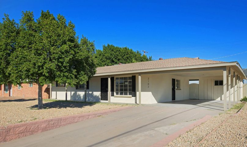 2102 W MONTEBELLO Avenue, Phoenix, AZ 85015