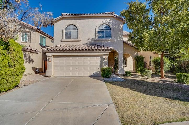237 N KENNETH Place, Chandler, AZ 85226