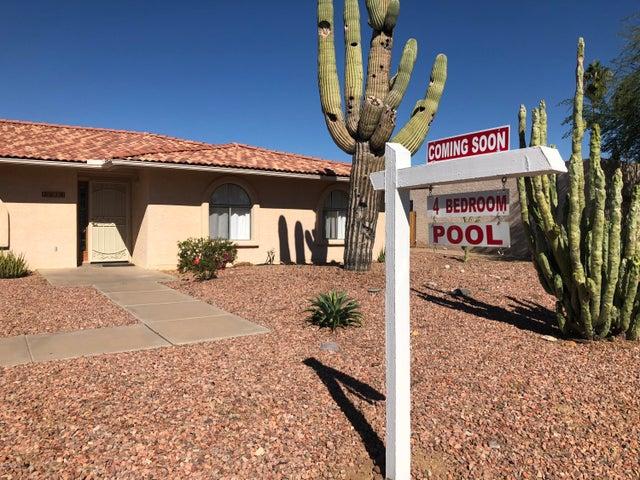 2416 E IVYGLEN Street, Mesa, AZ 85213