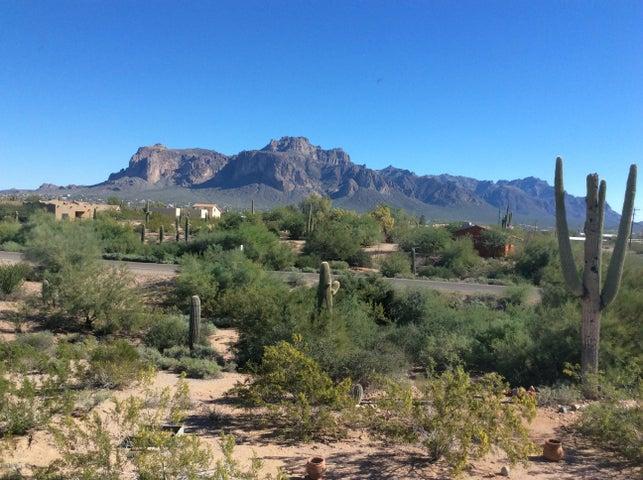 2794 E SUPERSTITION Boulevard, Apache Junction, AZ 85178