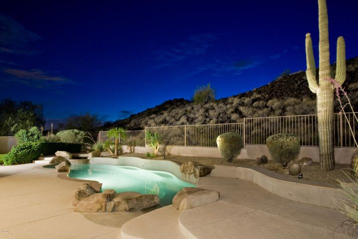 Resort like backyard with pool, spa and firepit!
