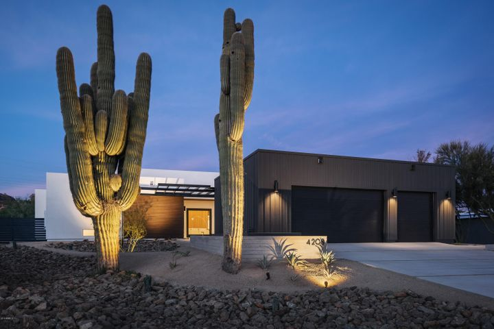 4208 E SAN MIGUEL Avenue, Phoenix, AZ 85018