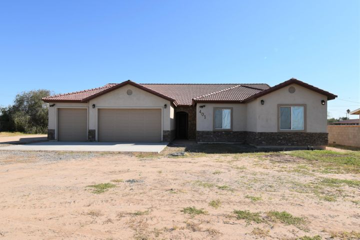 401 N STANFIELD Road, Stanfield, AZ 85172