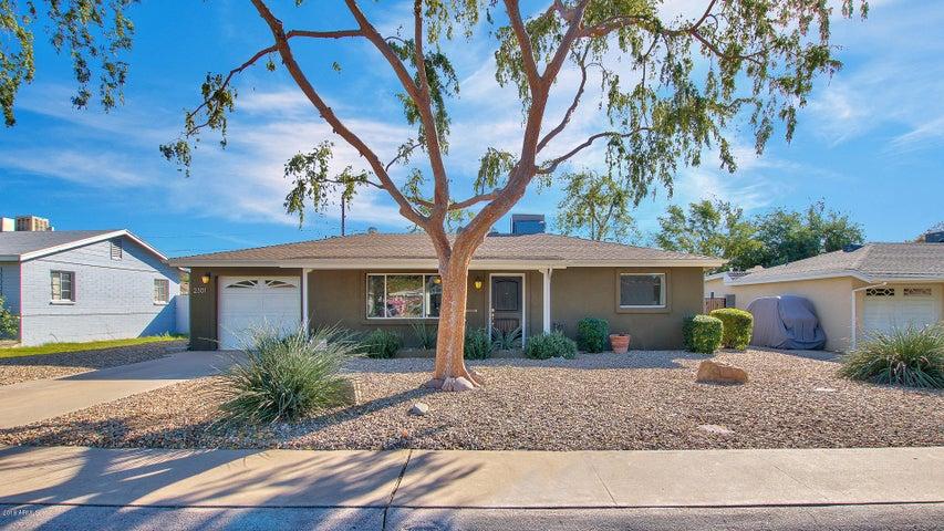 2301 E MONTECITO Avenue, Phoenix, AZ 85016