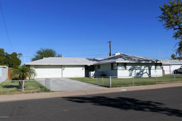 6026 W MEDLOCK Drive, Glendale, AZ 85301