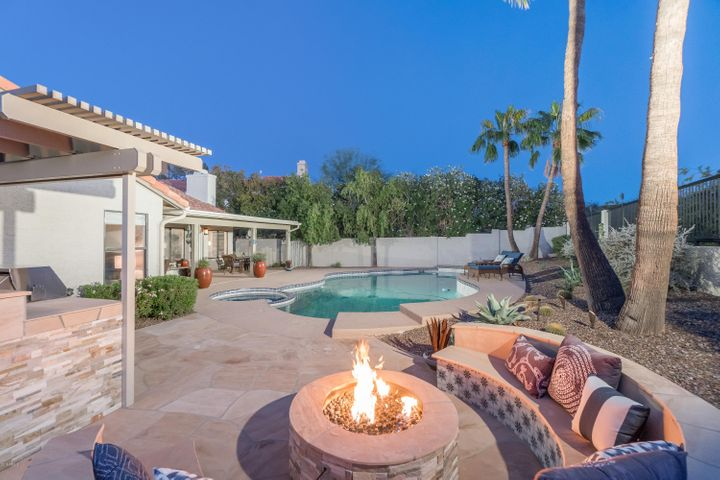 3517 E ROCKLEDGE Road, Phoenix, AZ 85044