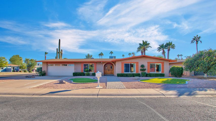 8741 E HEATHERBRAE Drive, Scottsdale, AZ 85251