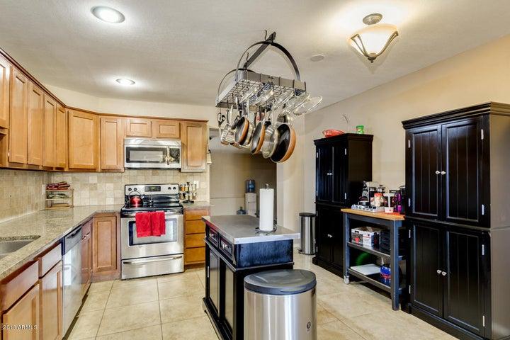 18221 N 34TH Drive, Phoenix, AZ 85053