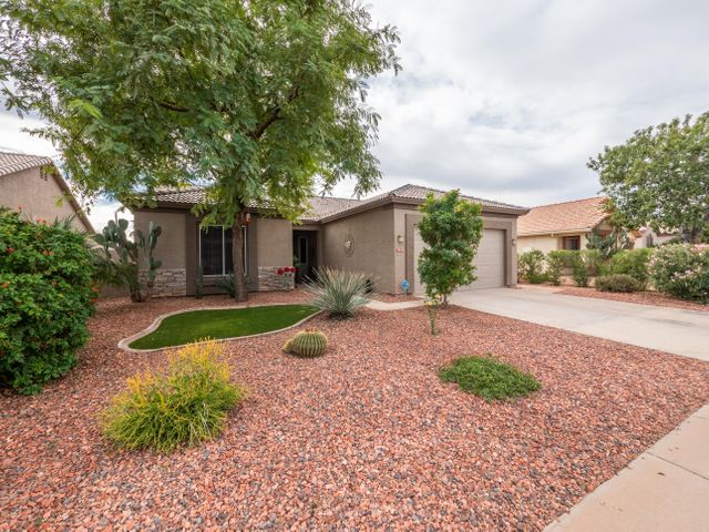 13587 W TARA Lane, Surprise, AZ 85374