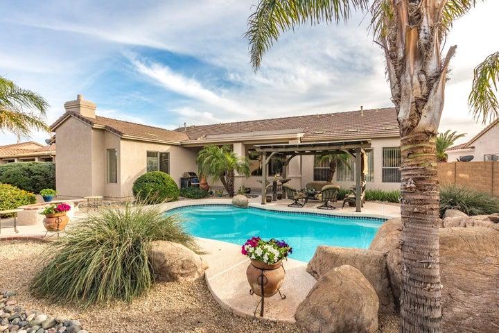 4630 W VILLA LINDA Drive, Glendale, AZ 85310