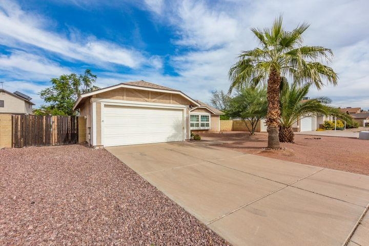 7426 W CHOLLA Street, Peoria, AZ 85345