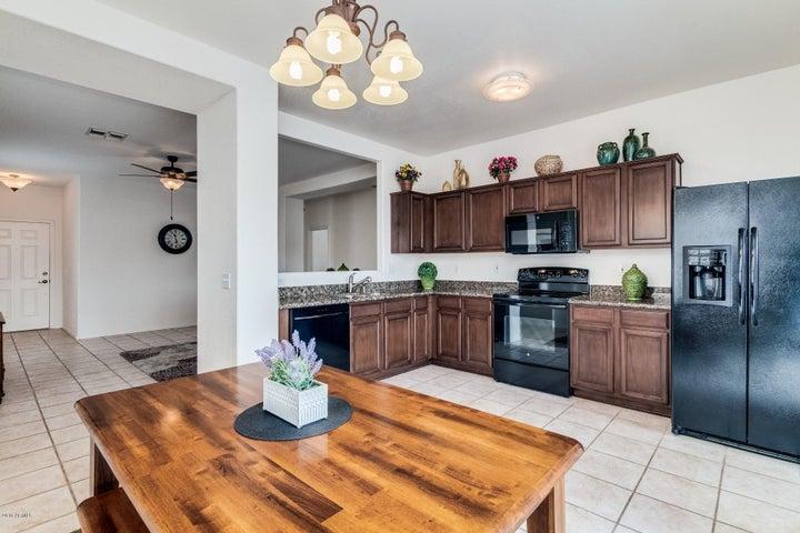 1707 W AMBERWOOD Drive, Phoenix, AZ 85045