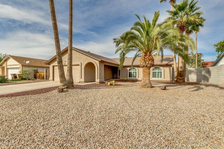 8008 W WINDROSE Drive, Peoria, AZ 85381