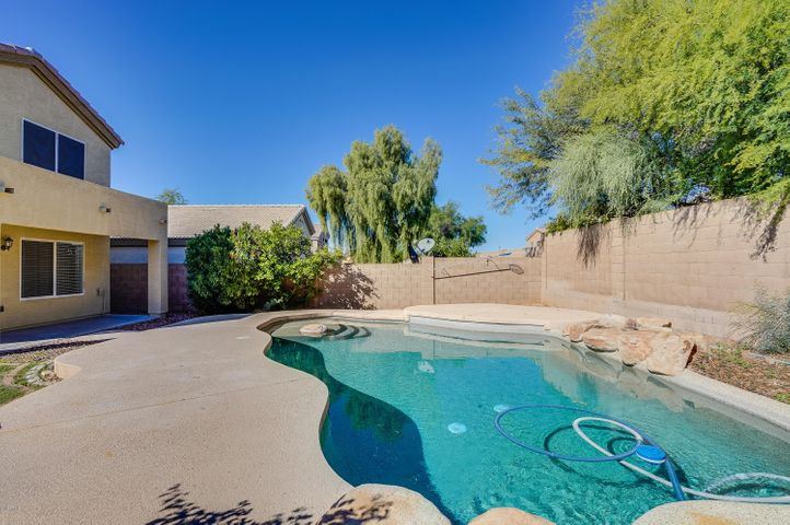 4450 E CHAPAROSA Way, Cave Creek, AZ 85331