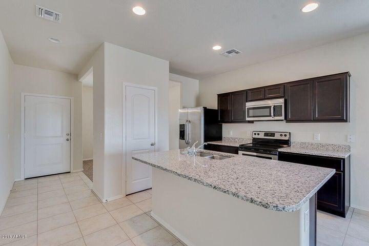 25692 W WINSTON Drive, Buckeye, AZ 85326
