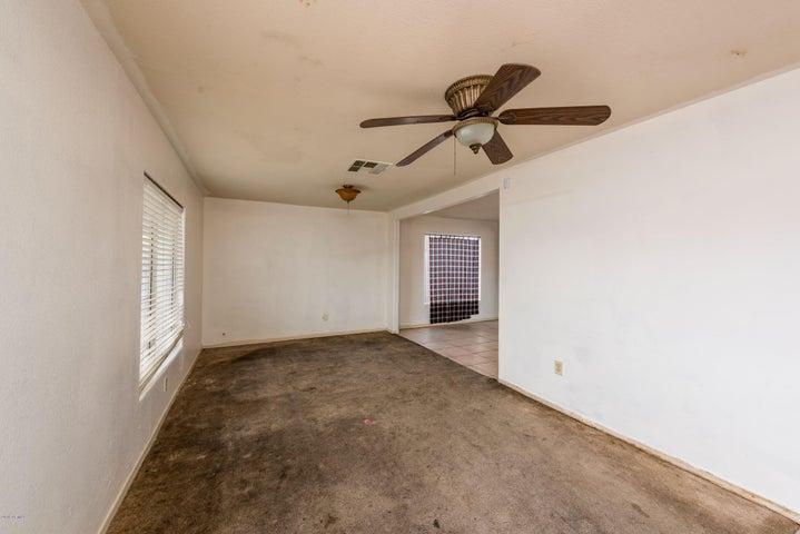 32 W WHYMAN Avenue, Avondale, AZ 85323