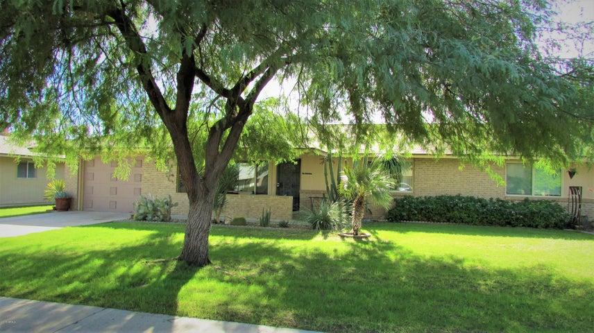 11121 W CAMEO Drive, Sun City, AZ 85351