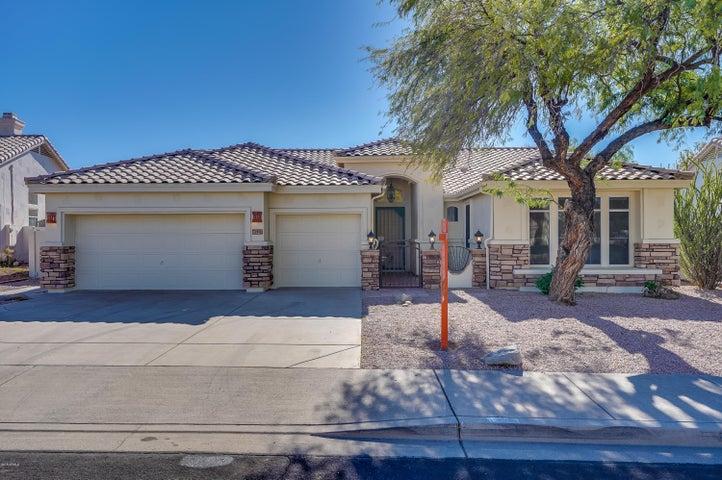 6527 E VIRGINIA Street, Mesa, AZ 85215