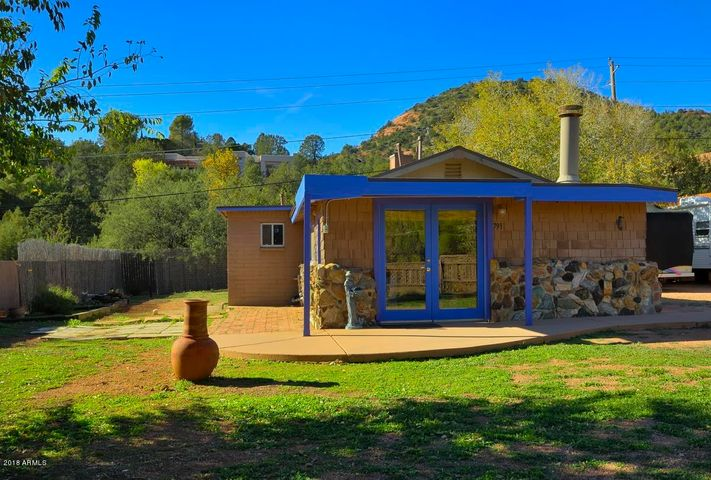WELCOME HOME! AWESOME centrally located in Sedona!