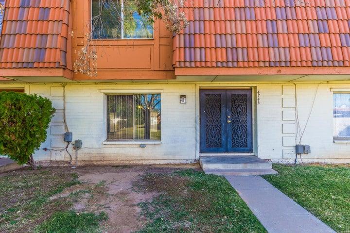 4745 W NORTHERN Avenue, Glendale, AZ 85301