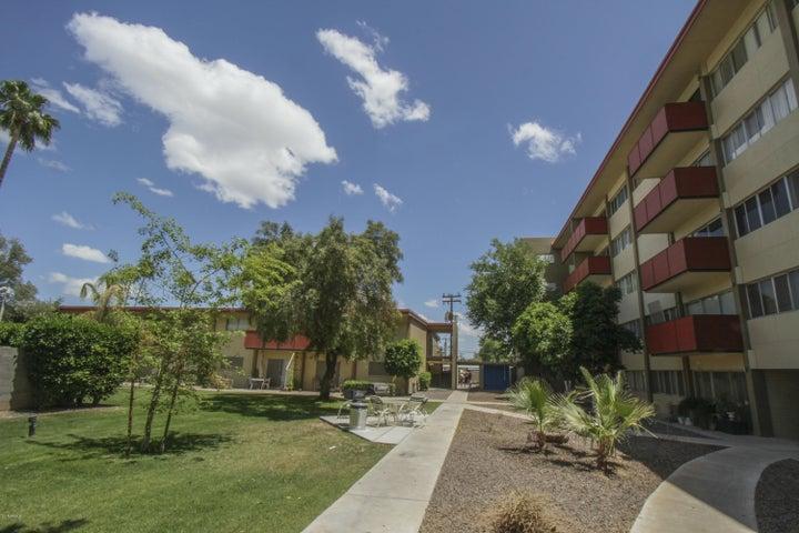 353 E Thomas Road, C304, Phoenix, AZ 85012