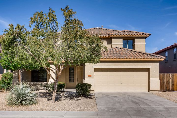 8636 W CINNABAR Avenue, Peoria, AZ 85345