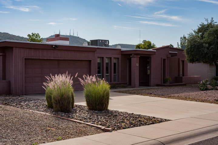 107 E VOLTAIRE Avenue, Phoenix, AZ 85022