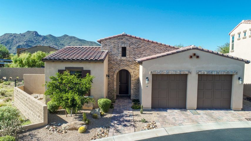 102 ALMARTE Drive, Carefree, AZ 85377