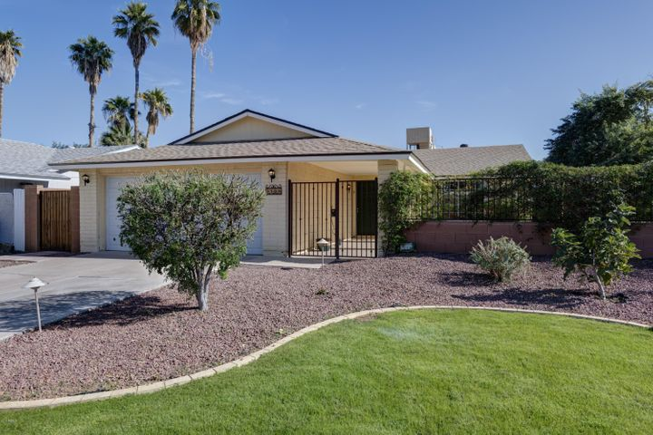 2209 N PENNINGTON Drive, Chandler, AZ 85224