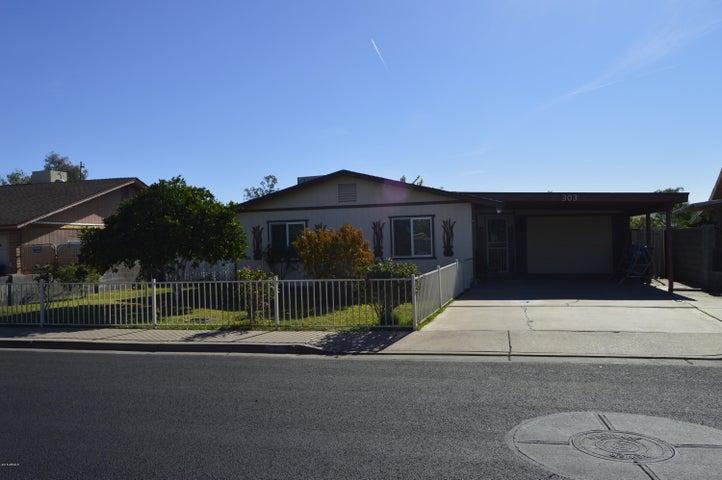303 E Jacaranda Street, Mesa, AZ 85201