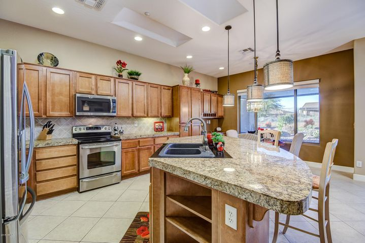 41712 N GOLF CREST Road, Anthem, AZ 85086