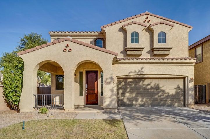 3438 E LIBERTY Lane, Gilbert, AZ 85296