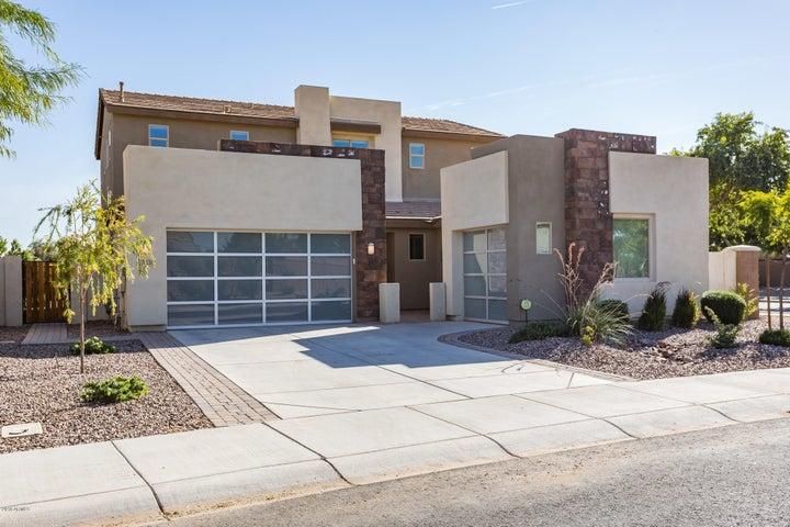 3335 E TONTO Drive, Gilbert, AZ 85298