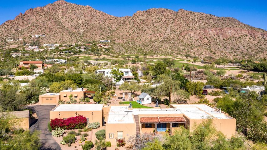 Huge, 1.69 acre property with unbeatable views of Camelback!