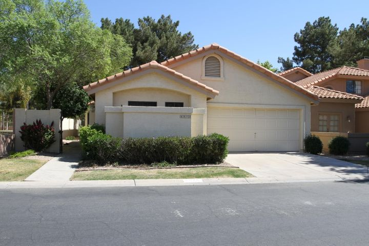 8875 S GRANDVIEW Drive, Tempe, AZ 85284