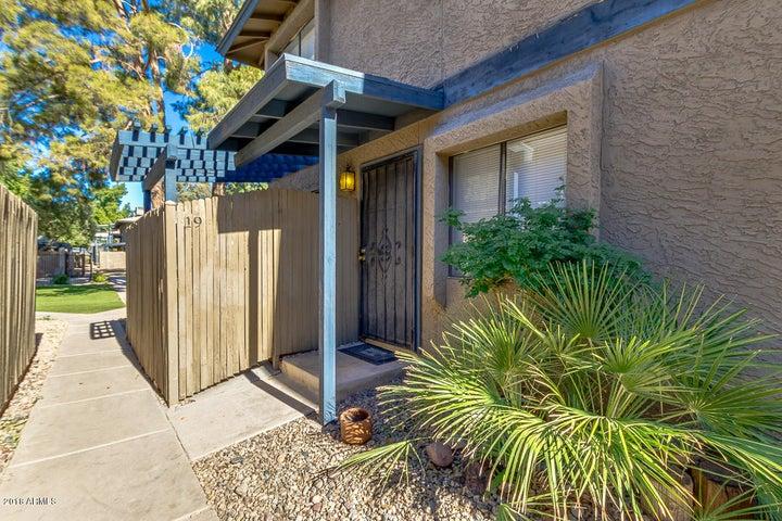 286 W PALOMINO Drive, 19, Chandler, AZ 85225