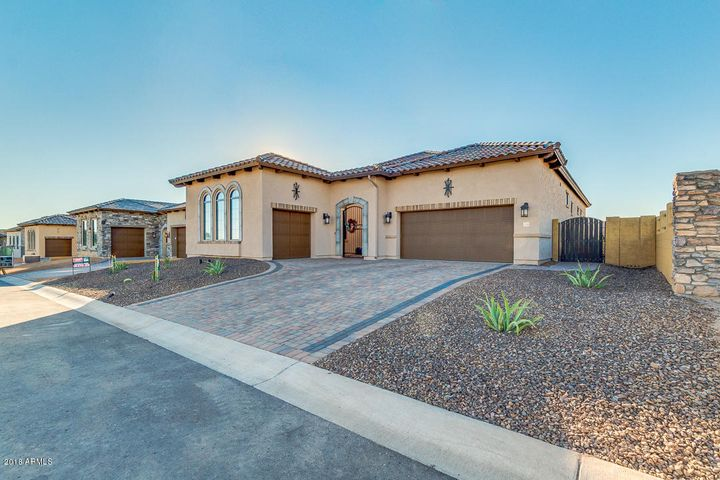 This estate is located in a wonderful community with many amenities!