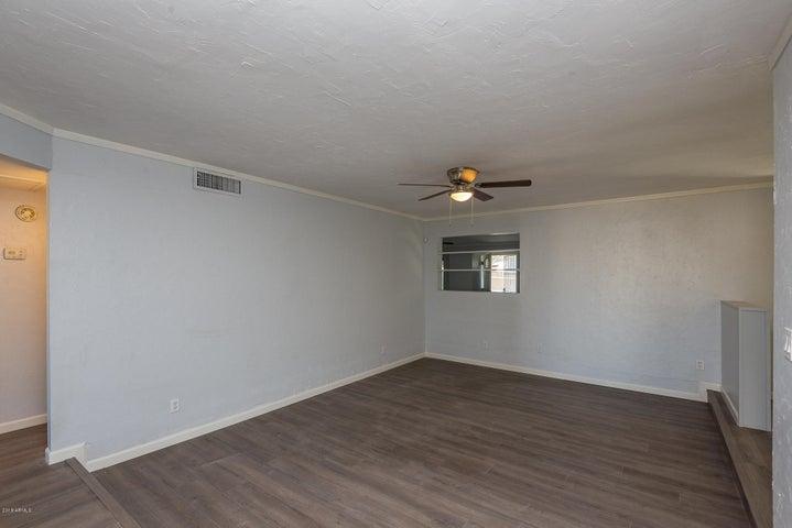 6133 W TIERRA BUENA Lane, Glendale, AZ 85306