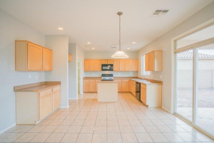 7326 W ST CHARLES Avenue, Laveen, AZ 85339