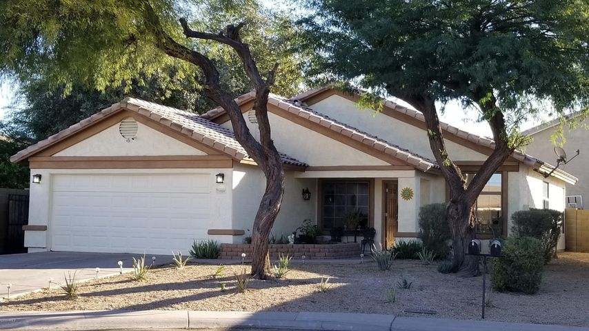 1031 S Moorea Court, Gilbert, AZ 85296