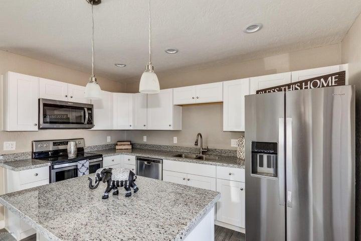 1562 W 6TH Place, Mesa, AZ 85201